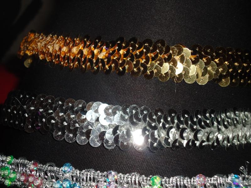 creation de colliers fantaisie pour Lola Dsc00713