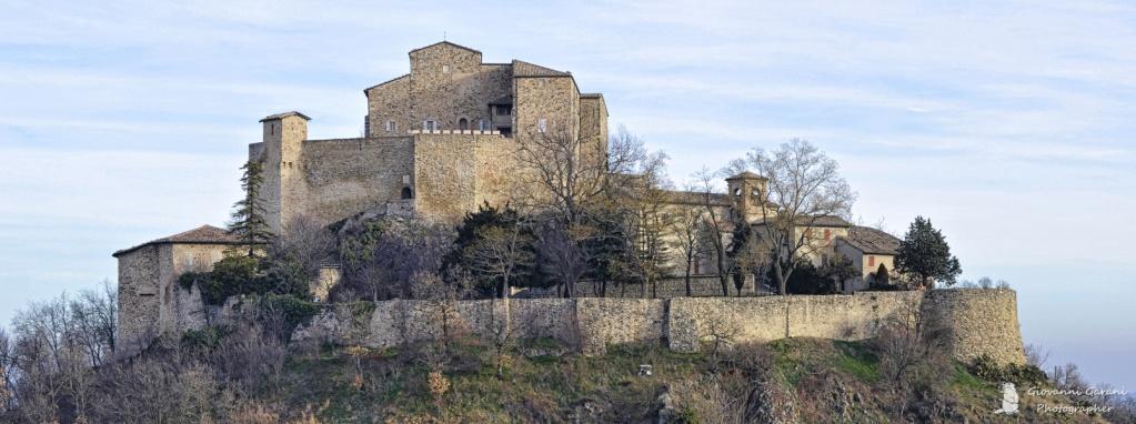 Il Castello di Rossena Panora10