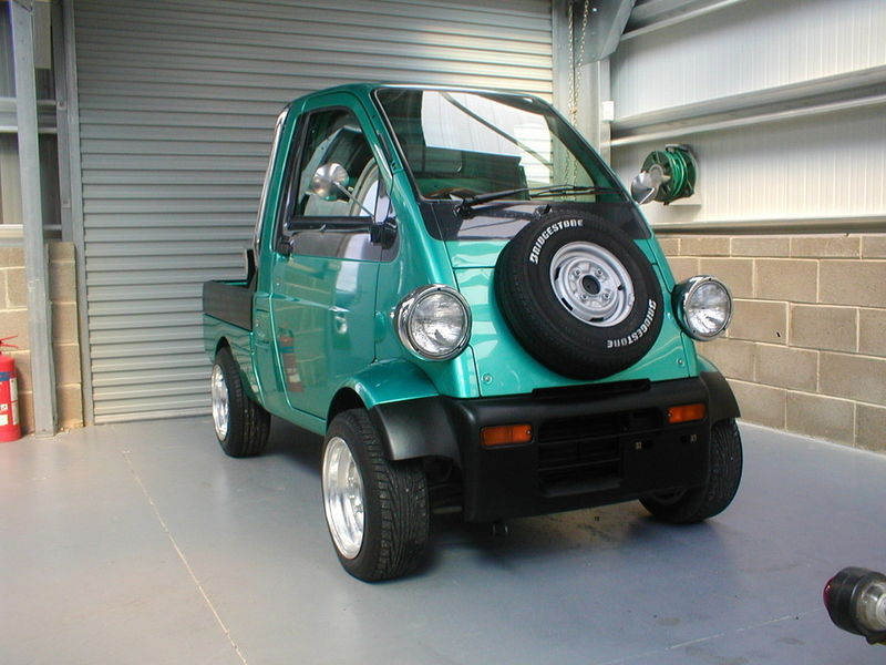Daihatsu Midget Another interesting bizarre Minivan thing Kgrhqi10