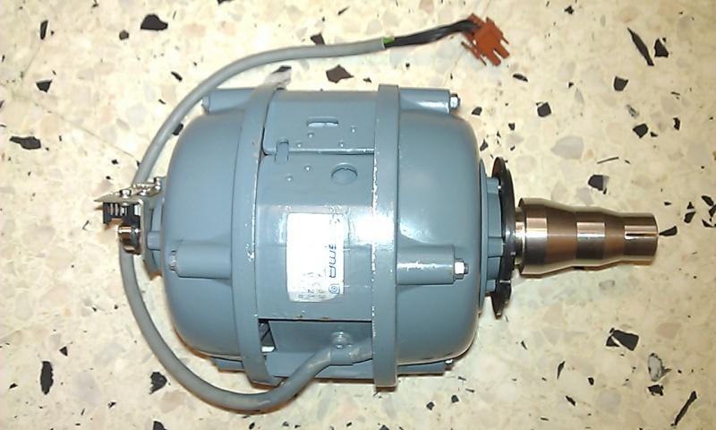 MAS d'une centrifugeuse de laboratoire Moteur10