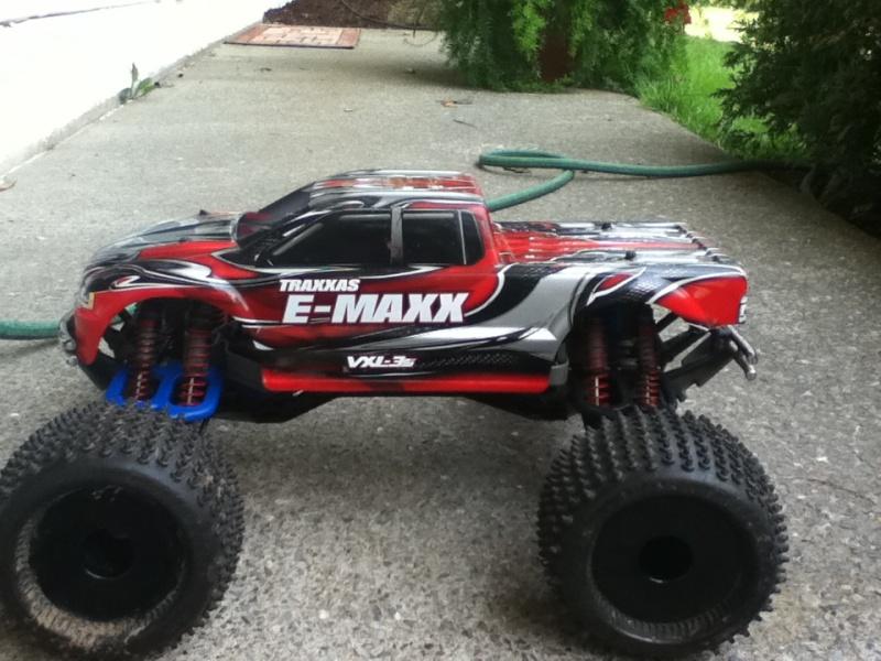 Mon E-Maxx!! Img_0312