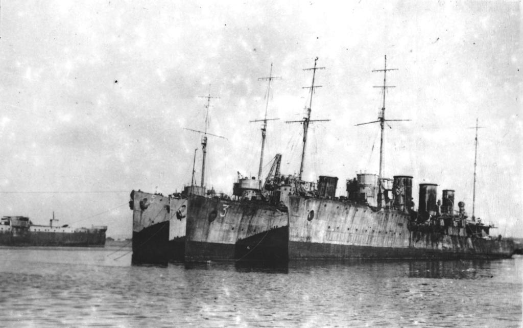 La flotte des russes blancs du Général Wrangel - Page 2 1934_d10