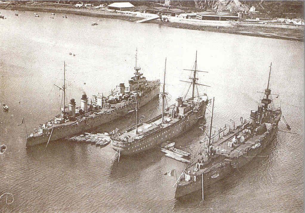 Les navires écoles français du XIX é à nos jours en photos  - Page 4 1935_g11