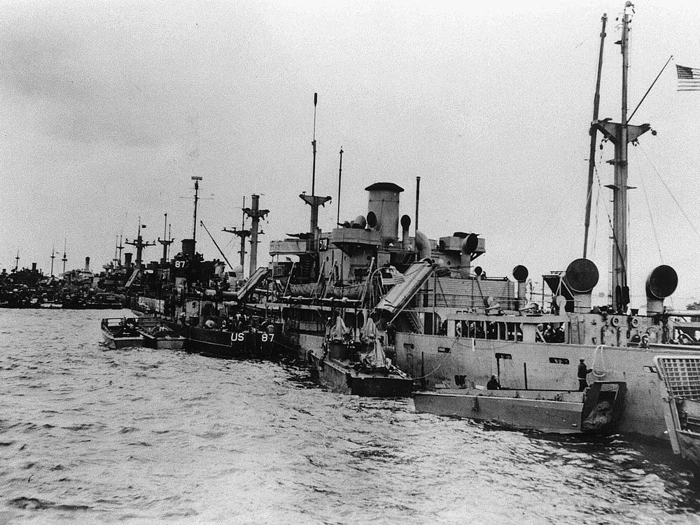 6 juin 1944 Débarquement en Normandie  - Page 3 578_ar11