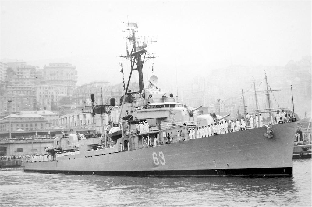 Marine grecque  - Page 3 5_nava10