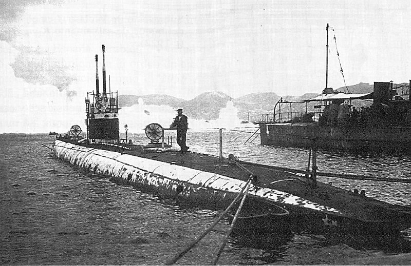 Les sous marins; escorteurs; mouilleurs de mines espagnols.  A3_et_10