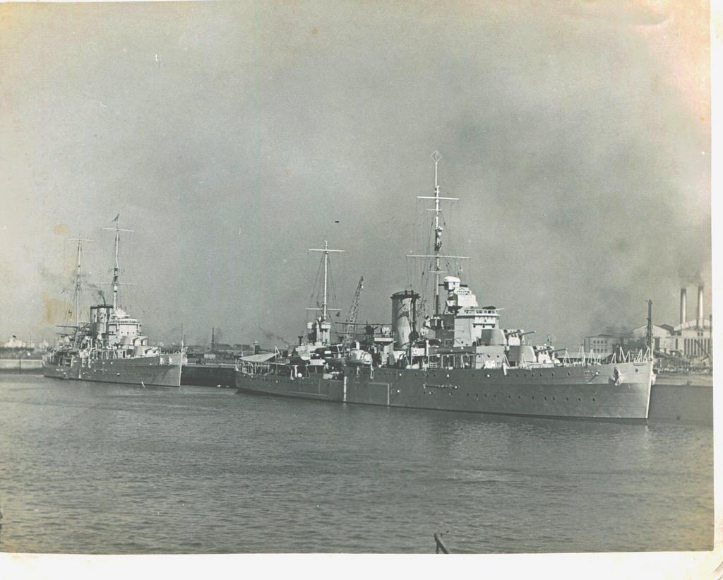 17 décembre 1939, sabordage de l' Admiral Graf Spee Ajax_110