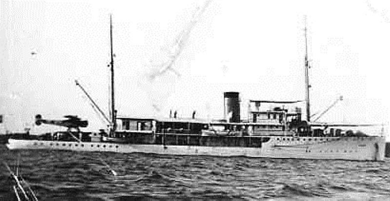 La Marine néerlandaise sauf cuirassés,croiseurs,destroyers  - Page 2 Arend_11