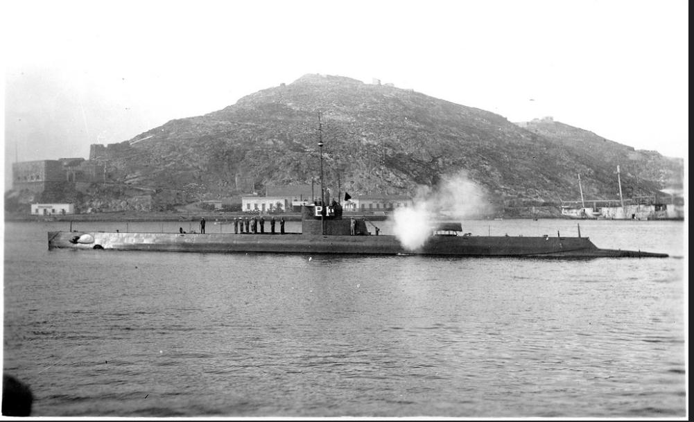 Les sous marins; escorteurs; mouilleurs de mines espagnols.  B1_cap10
