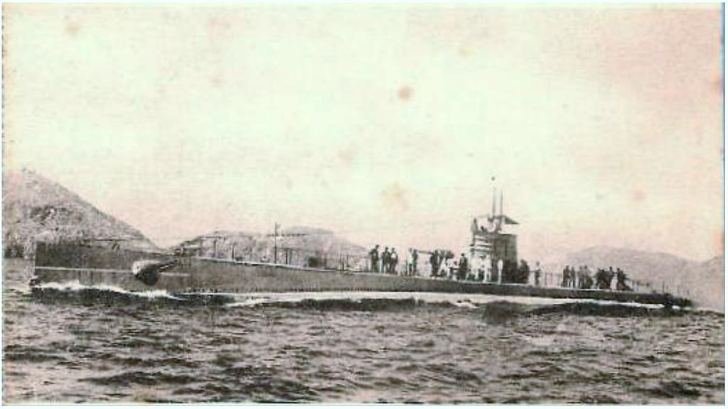 Les sous marins; escorteurs; mouilleurs de mines espagnols.  C1_cap10