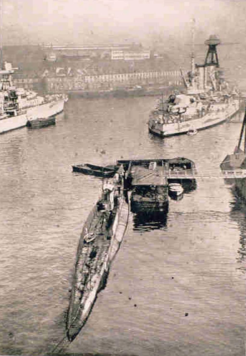 Les sous marins; escorteurs; mouilleurs de mines espagnols.  C2_19310