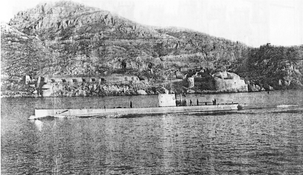 Les sous marins; escorteurs; mouilleurs de mines espagnols.  C4_cap10