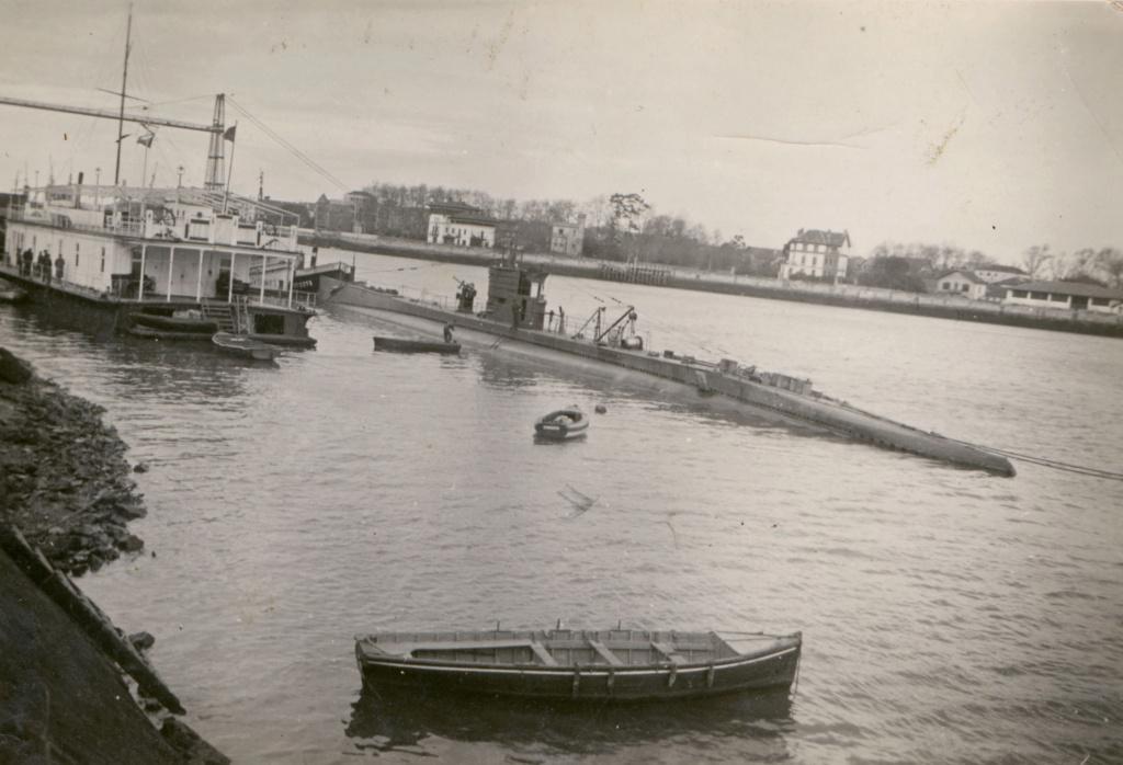Les sous marins; escorteurs; mouilleurs de mines espagnols.  C5_19310