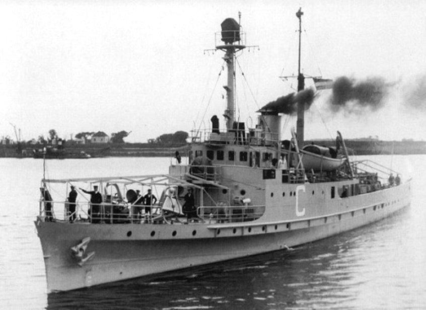 La Marine néerlandaise sauf cuirassés,croiseurs,destroyers  C_abra11