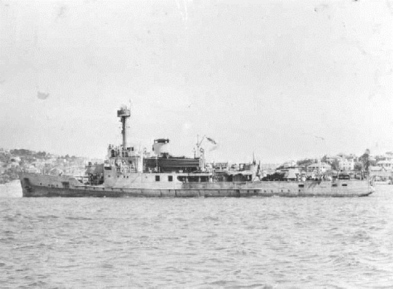 La Marine néerlandaise sauf cuirassés,croiseurs,destroyers  C_abra13