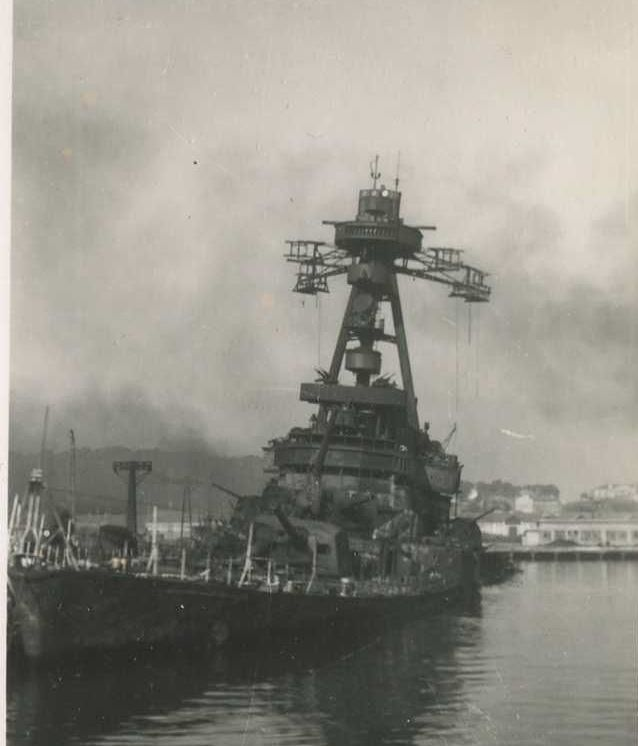 Sabordage de Toulon en photos - Page 5 Colber22