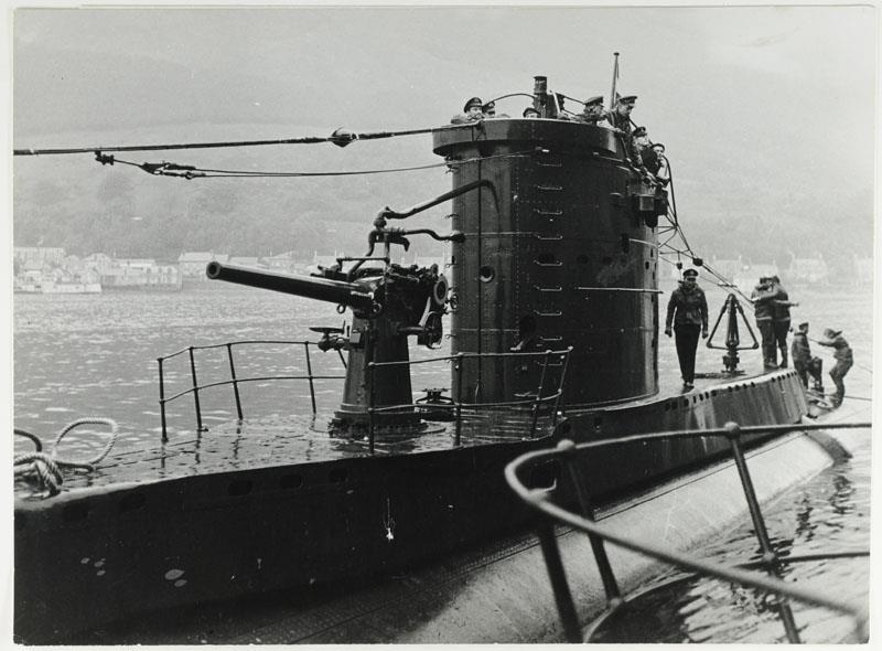 Les sous-marins néerlandais - Page 2 Dolfij11