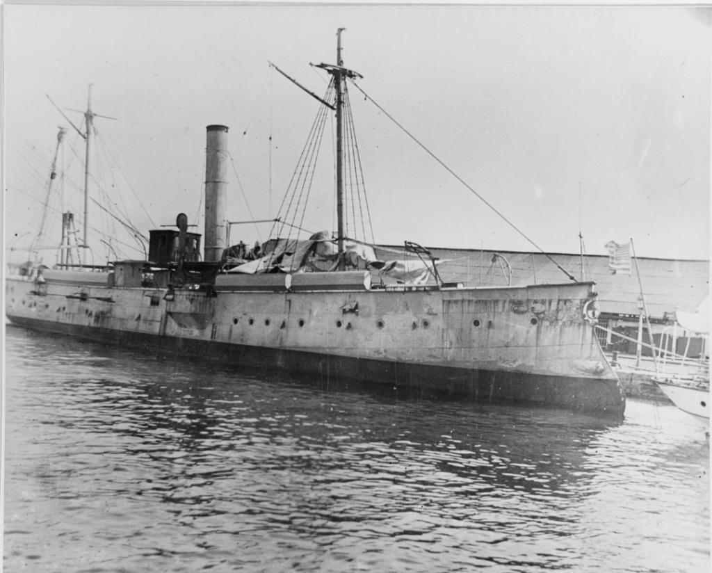 Les sous marins; escorteurs; mouilleurs de mines espagnols.  El_can10