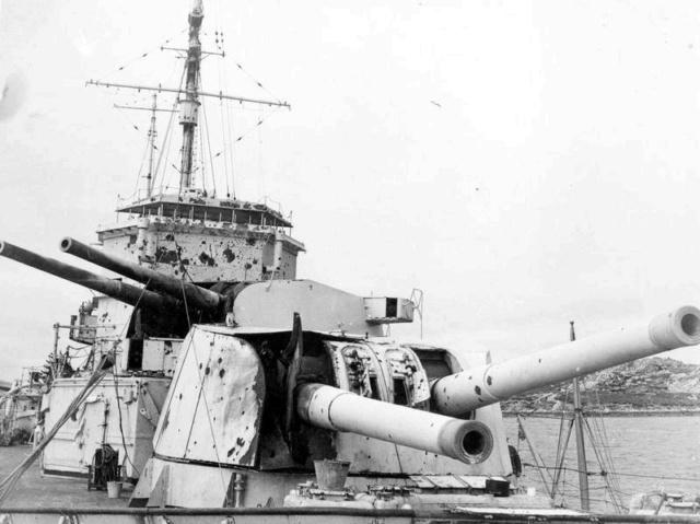17 décembre 1939, sabordage de l' Admiral Graf Spee Exeter10