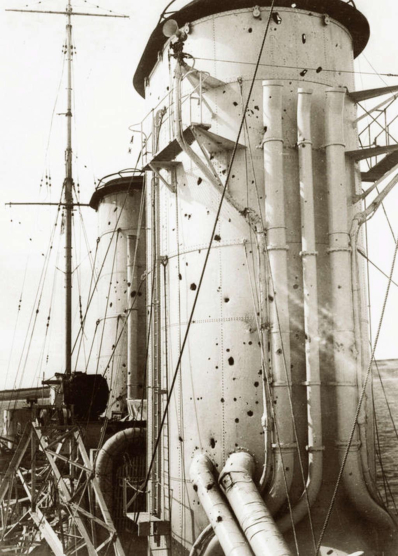 17 décembre 1939, sabordage de l' Admiral Graf Spee Exeter11