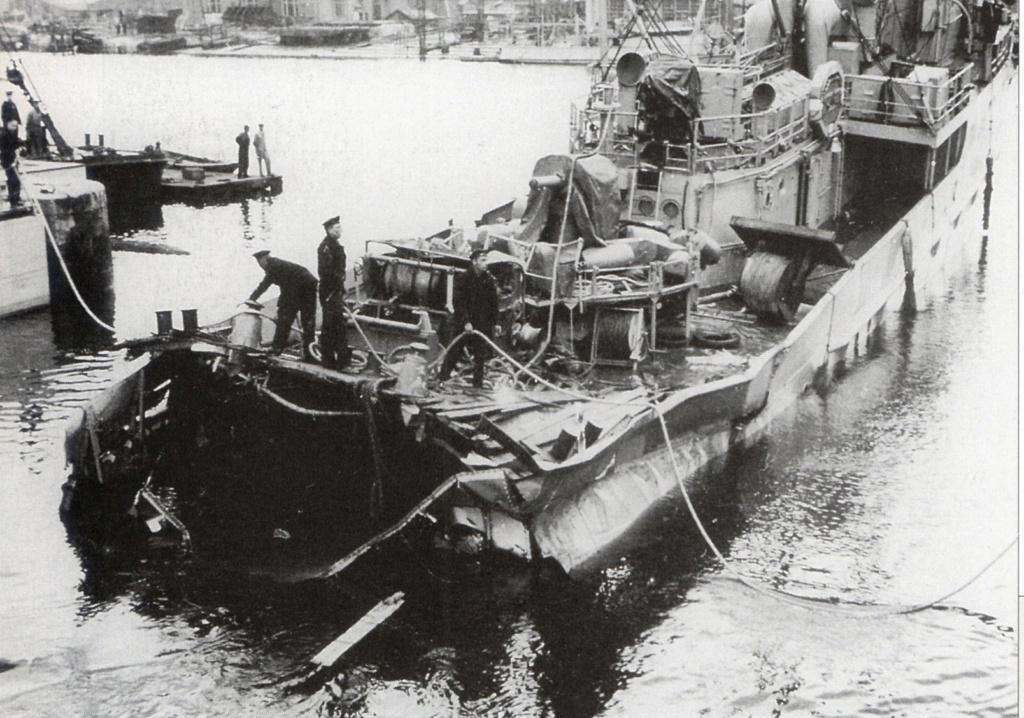 La Marine néerlandaise sauf cuirassés,croiseurs,destroyers  G_jan_11
