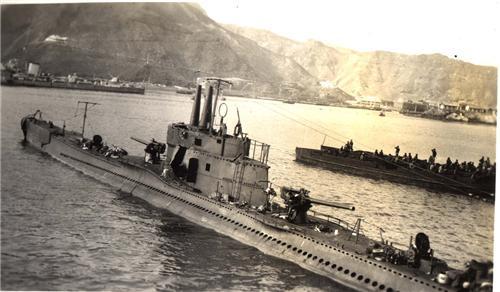 Les sous marins; escorteurs; mouilleurs de mines espagnols.  Galile10