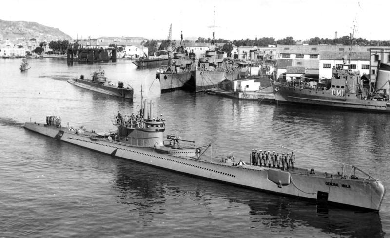 Les sous marins; escorteurs; mouilleurs de mines espagnols.  Genera18