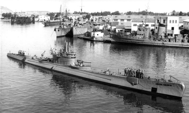 Les sous marins; escorteurs; mouilleurs de mines espagnols.  Genera19