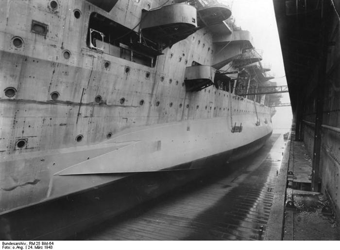 Porte-avions allemands Graf_z10
