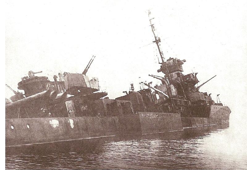 Destroyers russes/Soviétiques  - Page 10 Gremya11
