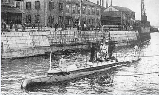 Les sous-marins japonais jusqu'en 1945 Hollan10