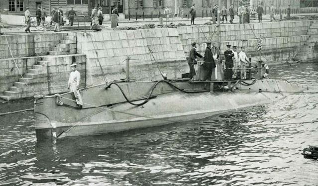 Les sous-marins japonais jusqu'en 1945 Hollan11