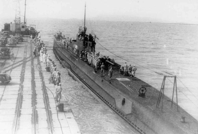 Les sous-marins japonais jusqu'en 1945 - Page 3 I10_a110