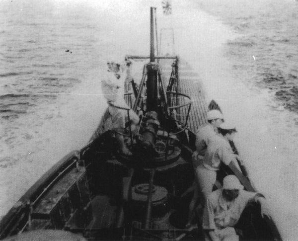 Les sous-marins japonais jusqu'en 1945 - Page 3 I11_1910