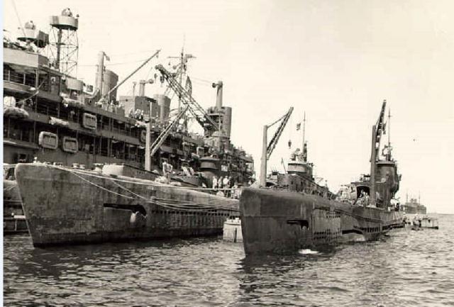 Les sous-marins japonais jusqu'en 1945 - Page 3 I14_ze10