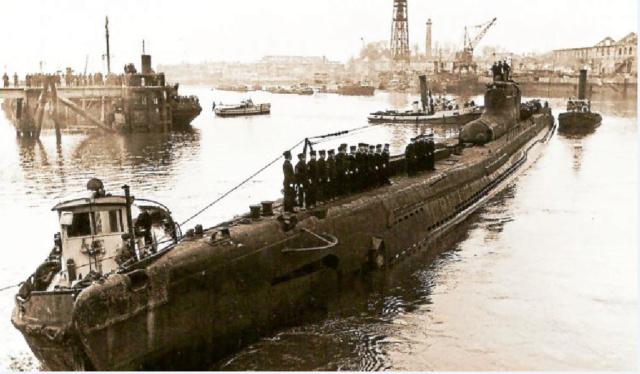 Les sous-marins japonais jusqu'en 1945 - Page 3 I29_b110