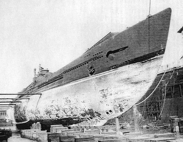 Les sous-marins japonais jusqu'en 1945 - Page 3 I400_110