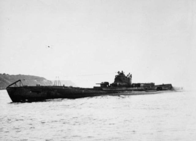 Les sous-marins japonais jusqu'en 1945 - Page 2 I8_j3_10