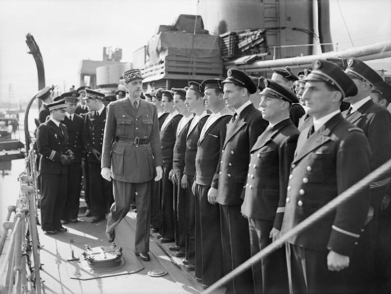 Un rappel: le 30 juin 1940 l'Amiral Muselier crée les FNFL. Inspec10