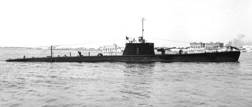 Les sous marins; escorteurs; mouilleurs de mines espagnols.  Iride_10