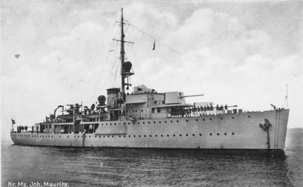 La Marine néerlandaise sauf cuirassés,croiseurs,destroyers  Johan_11