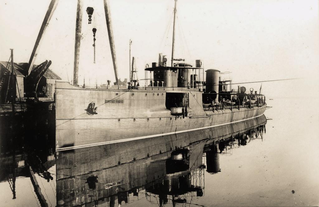 Destroyers russes/Soviétiques  - Page 7 Kapita10