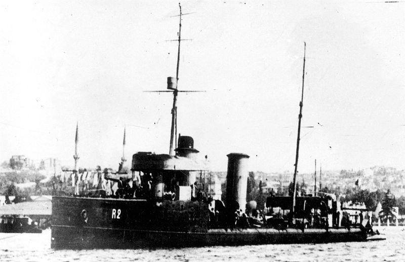 Destroyers russes/Soviétiques  - Page 7 Kapita11
