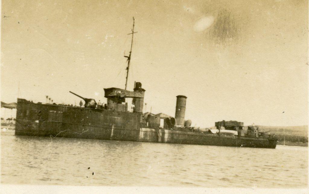 Destroyers russes/Soviétiques  - Page 7 Kapita12