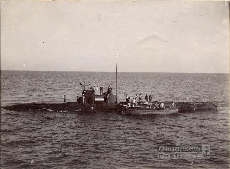 Les sous-marins néerlandais Ki_19110