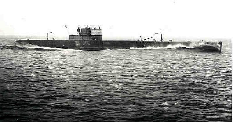 Les sous-marins néerlandais Kii_1910