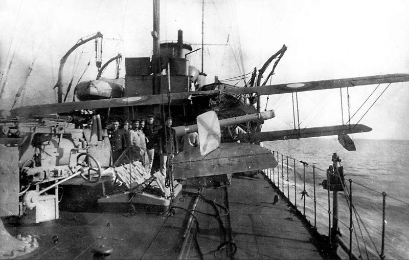 Destroyers russes/Soviétiques  - Page 7 Novik_11