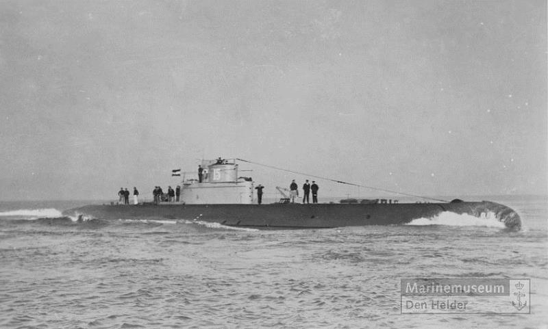 Les sous-marins néerlandais O15_ww10