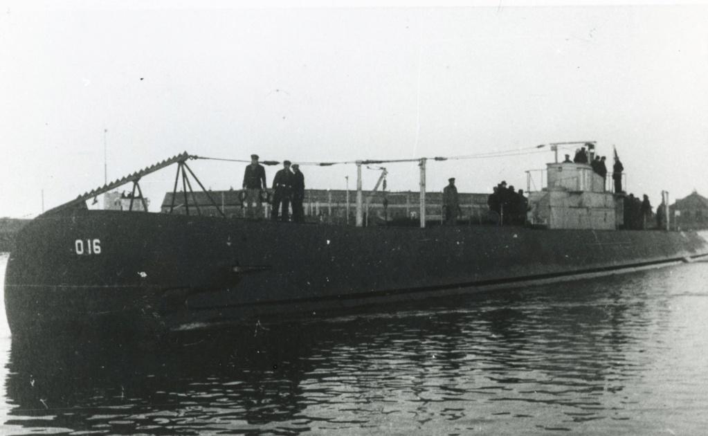Les sous-marins néerlandais O16_2b10