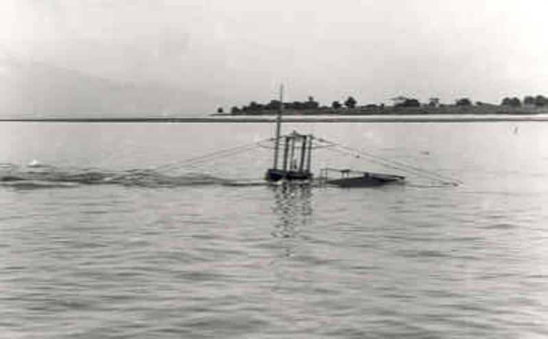 Les sous-marins néerlandais O16_ra10